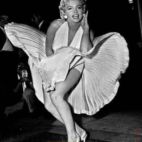 associated20press_marilyn_monroe_seven_yr_itch_l[1]