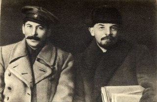 Lenin si Stalin in 1919