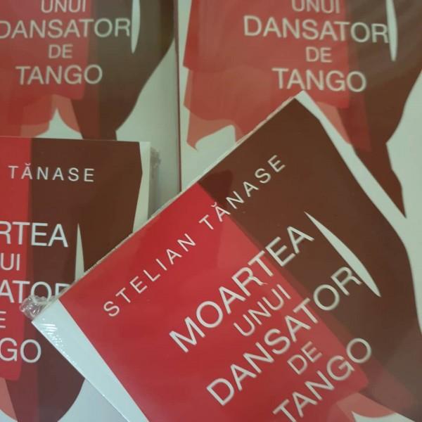 coperta moartea unui dansator de tango